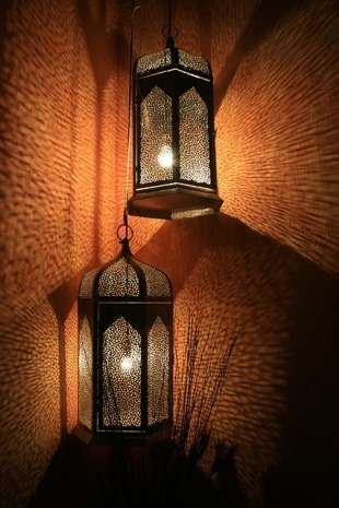 lanterns-168953_640